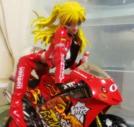 明日香騎摩托車 2